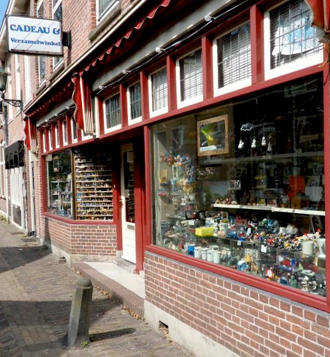 Photo Cadeau & Verzamelwinkel in Alkmaar, Shopping, Gift, Hobby, Sight - #1