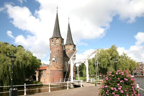 Photo Oostpoort in Delft, View, Sights & landmarks