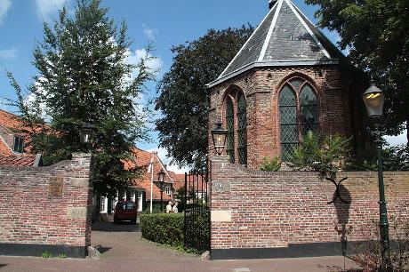 Photo Hofje Armen de Poth in Amersfoort, View, Sights & landmarks, Neighborhood, square, park