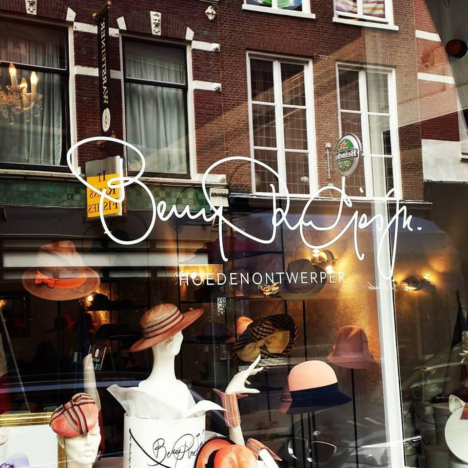 Photo Berry Rutjes in Den Haag, Shopping, Fashion & clothing - #3