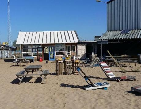 Photo Belcrum Beach in Breda, Eat & drink, Drink