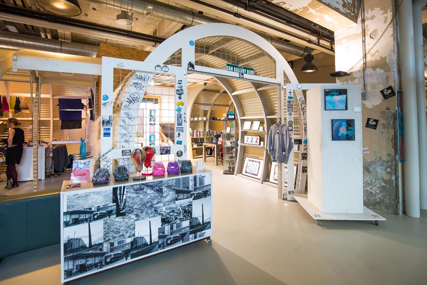 Photo Can Gallery in Eindhoven, Shopping, Buy home accessories, Experience - #1