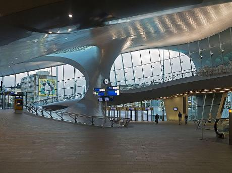 Photo NS Station Arnhem Centraal in Arnhem, Info, Travel