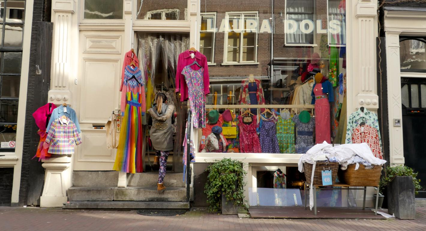 Photo Laura Dols in Amsterdam, Shopping, Fashion & clothing - #1