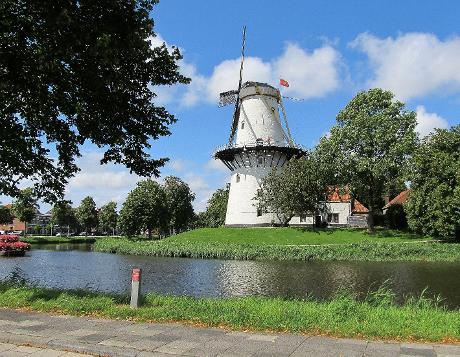 Photo Molen De Hoop in Middelburg, View, Sights & landmarks